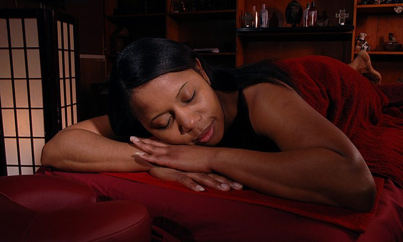 Table de massage pliante: comment bien la ranger