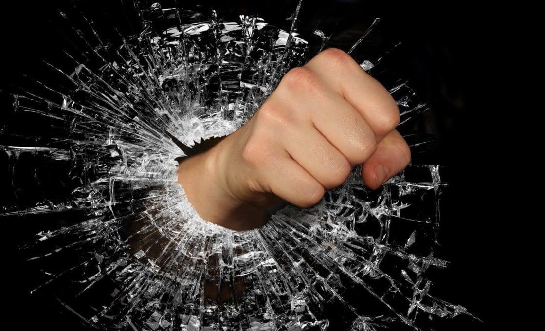 Comment couper du verre trempé ?