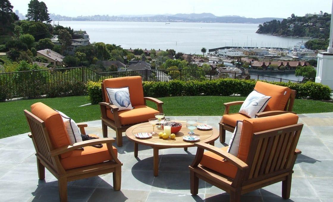 Sublimez votre extérieur avec un meuble design